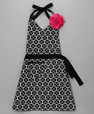 d3b74505f120 I just had to mention these aprons today on Zulily because they are so  cute. I don't usually wear an apron myself but my 3 year old just gets so  excited ...