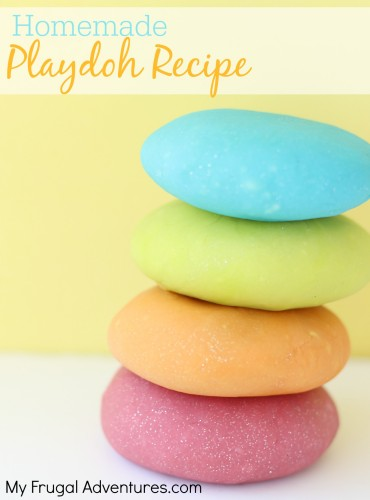 10 Minute Homemade Playdoh Recipe