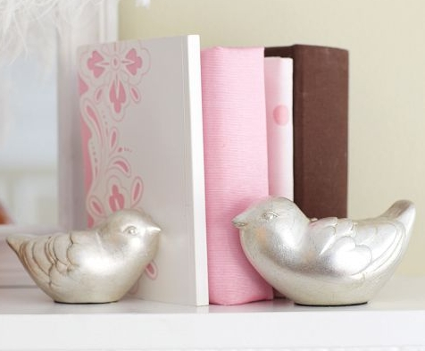 DIY Project: Dollar Store Bookends {Pottery Barn Knock Off}