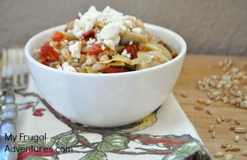 Artichoke and Sun Dried Tomato Farro Recipe {Clean Eating!}