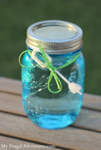 Homemade Bubble Solution A perfect children's party gift!