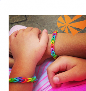 how to make rainbow bracelets