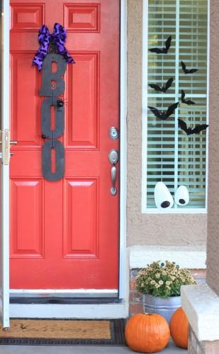 Quick and Easy Halloween Craft - Boo Front Door Sign