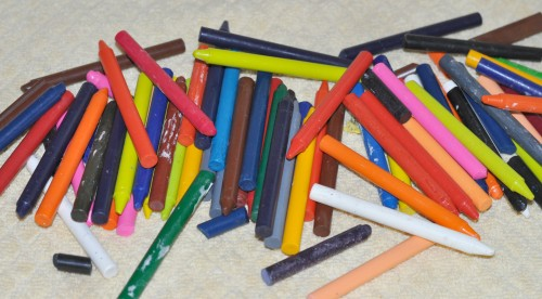 Fast and Easy Homemade Crayons {Perfect Gift Idea}