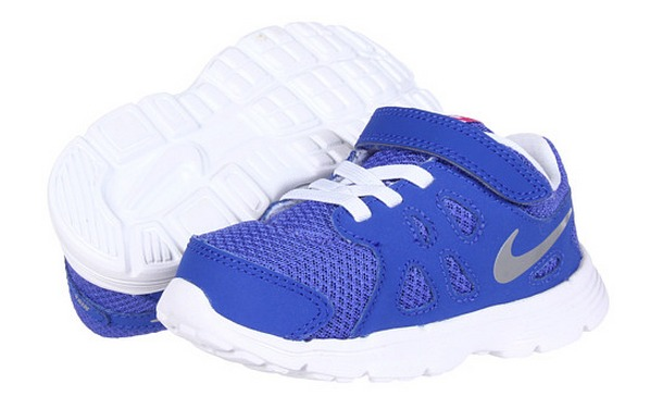 There is a nice sale on Nike for the family at 6pm.com. You can save up to  60% off on shoes and clothes. Plus shipping is free.
