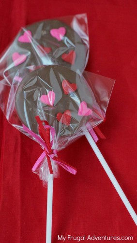 Homemade Lollipops- adorable party favor!