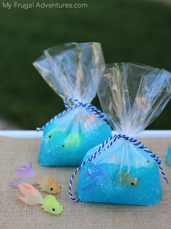 """Fish in a Bag Slime DIY Tutorial 