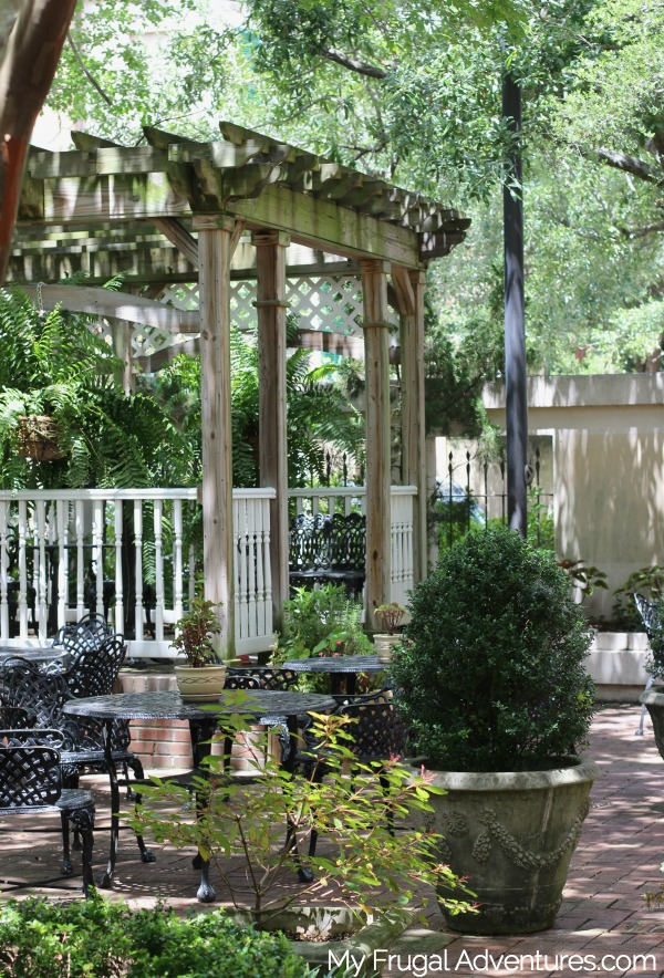 places to stay in savannah
