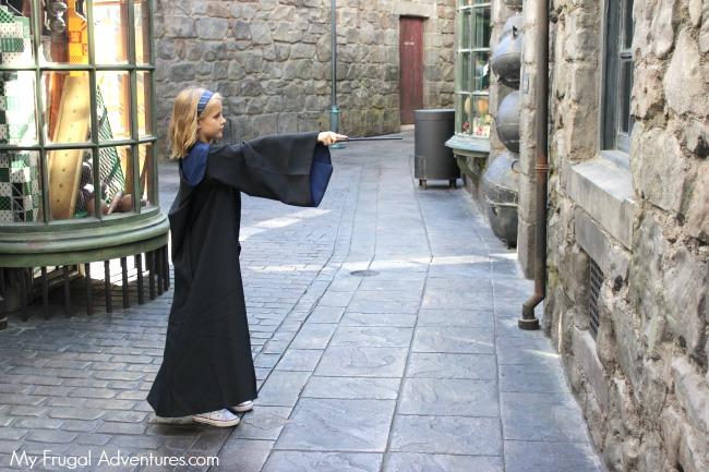 magic-wands-in-hogsmeade