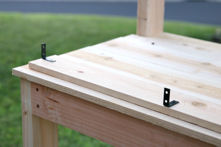 How to build a potting bench 2