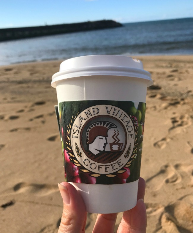 Best places to eat in Oahu by myfrugaladventures.com. Best coffee in Oahu at island Vintage Coffee.