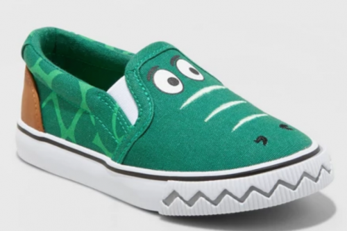 f582451672c I absolutely love these boys slip ons. I wish they had a size for my 9 year  old because she would rock these.